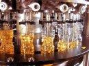 Ukraina.Zywnosciowy olej sojowy 2,5 zl/litr nierafinowany.Tloczony na zimno z sertyfikatem organicznym.Non GMO,standarty UE. Odfiltrowany,odgumowany.Ladunki autocysternami 22t.Produkcja oleju roslinnego przez tloczenie ziaren roznych rodzajow.Olej sojowy