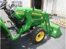 John Deere traktory 3038E - zdjęcie 2