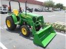 John Deere traktory 3038E - zdjęcie 1