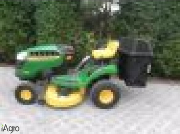 John Deere  traktorek-kosiarka  z USA